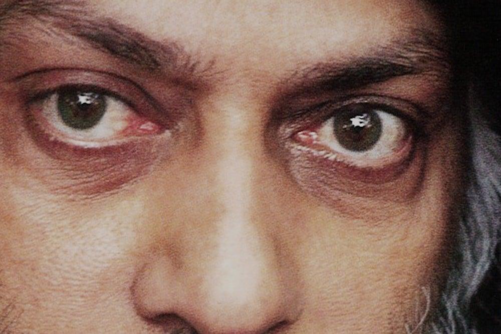 Osho olho verde sinistro